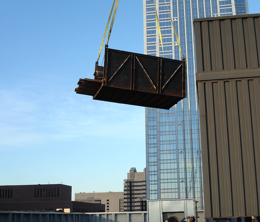 Utilizing safety and planning to move building materials for a skyscraper, Philadelphia